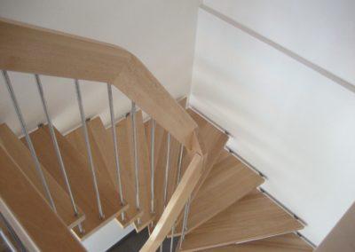 7.escalier suspendu